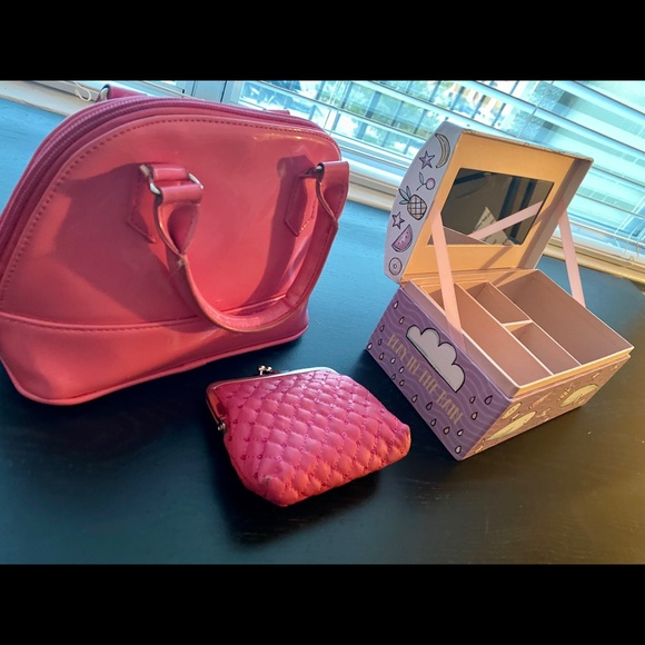 GIRLS PINK HANDBAG w/ COIN PURSE, & JEWELRY BOX